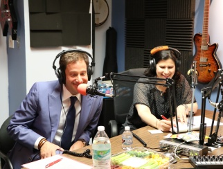 Barry Beck (left) in the podcast studio with host Susan Reda (right)