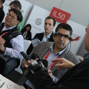 attendees experiment with new technology in the innovation lab at nrf big show 2018